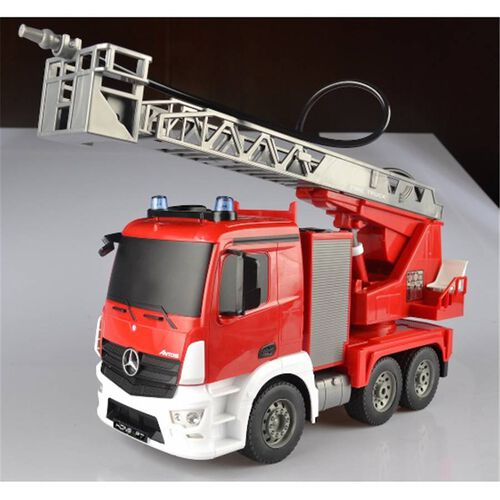 Playable 1:20 Mercedes Benz Antos Fire Engine (Multi Function With Water Spraying)