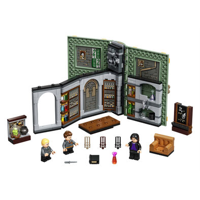 LEGO Harry Potter Hogwarts Moment: Potions Class  -  76383